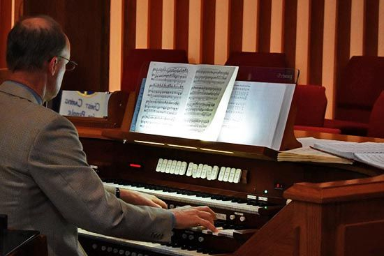 Clairemont Lutheran Organ